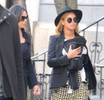 beyonce-blue-ivy-tina-nyc-new-outfit-5
