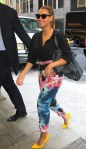 beyonce-floral-pants-nyc-office