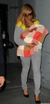 beyonce-blue-ivy-blanket-nyc-office-parkwood-2