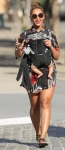 beyonce-blue-ivy-sunny-day-walk-nyc-2