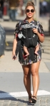 beyonce-blue-ivy-sunny-day-walk-nyc-4