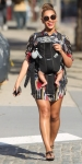 beyonce-blue-ivy-sunny-day-walk-nyc-7